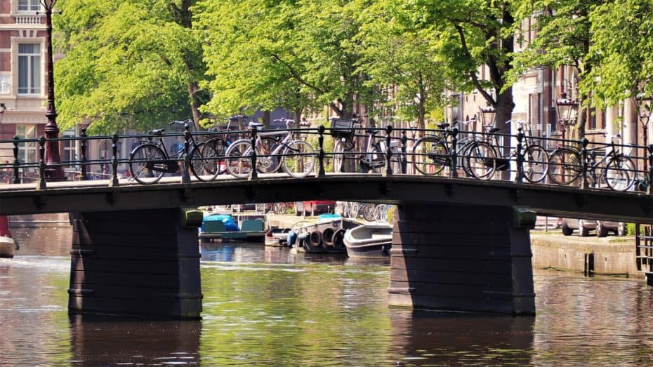 Les-canaux-Amsterdam