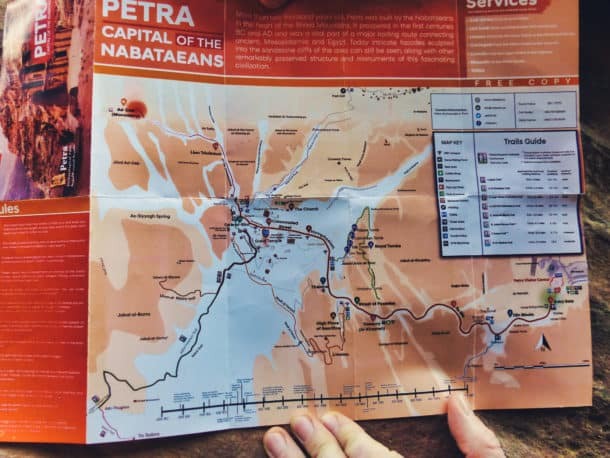 Pétra carte du site trail