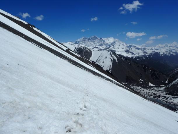vers le Tilicho lake, chemin enneigé
