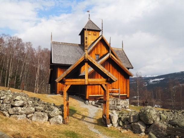 Eglise en bois debout de Norvège