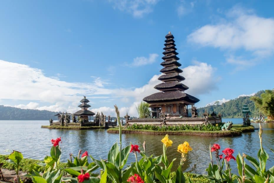 Danau Bratan Bali temple